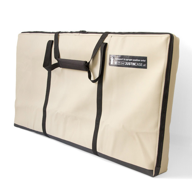 Transport bag for the Justincase mobile bar in tear proof leatherette with reinforced bottom for improved durability