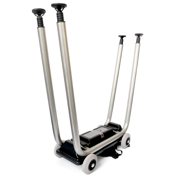 To use the Justincase skater the bar legs must be first fastened to the trolley so that the bar can be slided in afterwards.